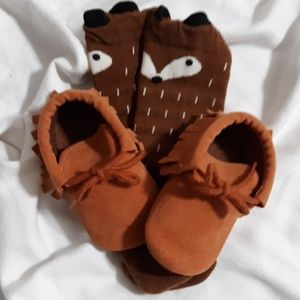 Other - Moccasin baby shoes (A)